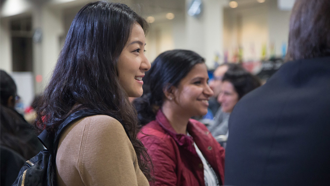 Neuroscience 2017 attendees at a career development networking event