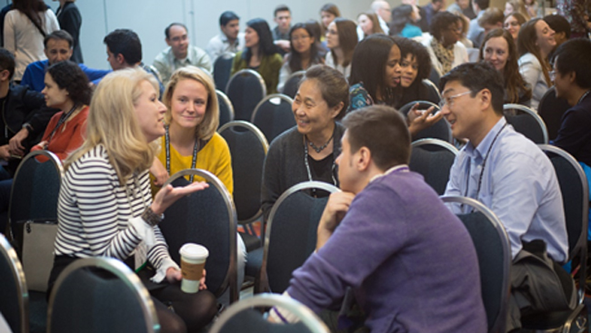 Group discussing at Neuroscience 2017