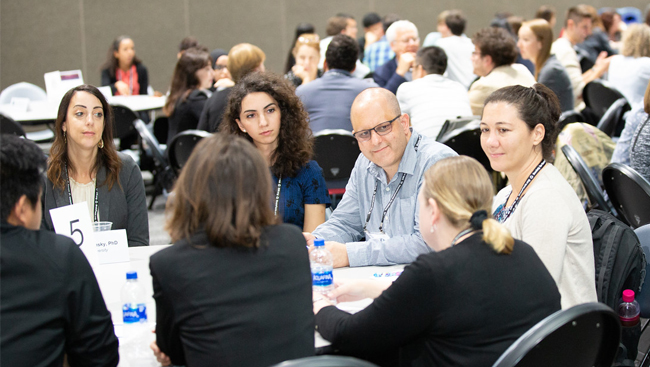 Neuroscience 2018 attendees at the career development networking topics event