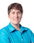Headshot of Saskia de Vries